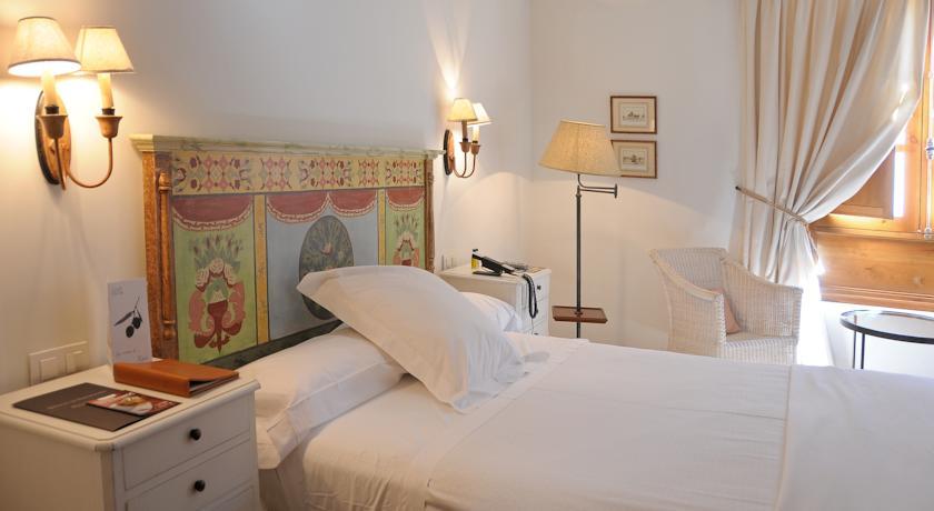 Hotel Puerta de la Luna, Baeza, Boutique Hotel, Spain