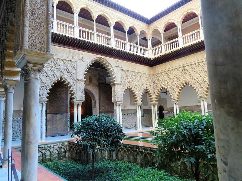 El Palacio de Las Dueñas, Seville city